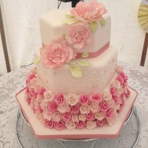 floral wedding cake 1