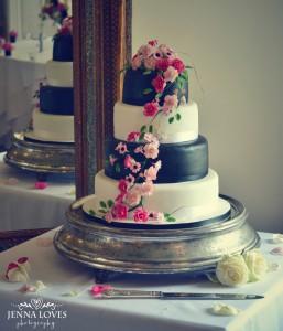 floral wedding cake 3
