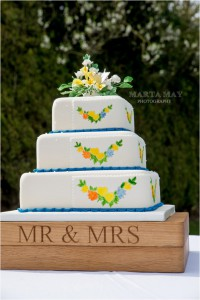 floral wedding cake 8