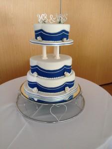 floral wedding cake 9